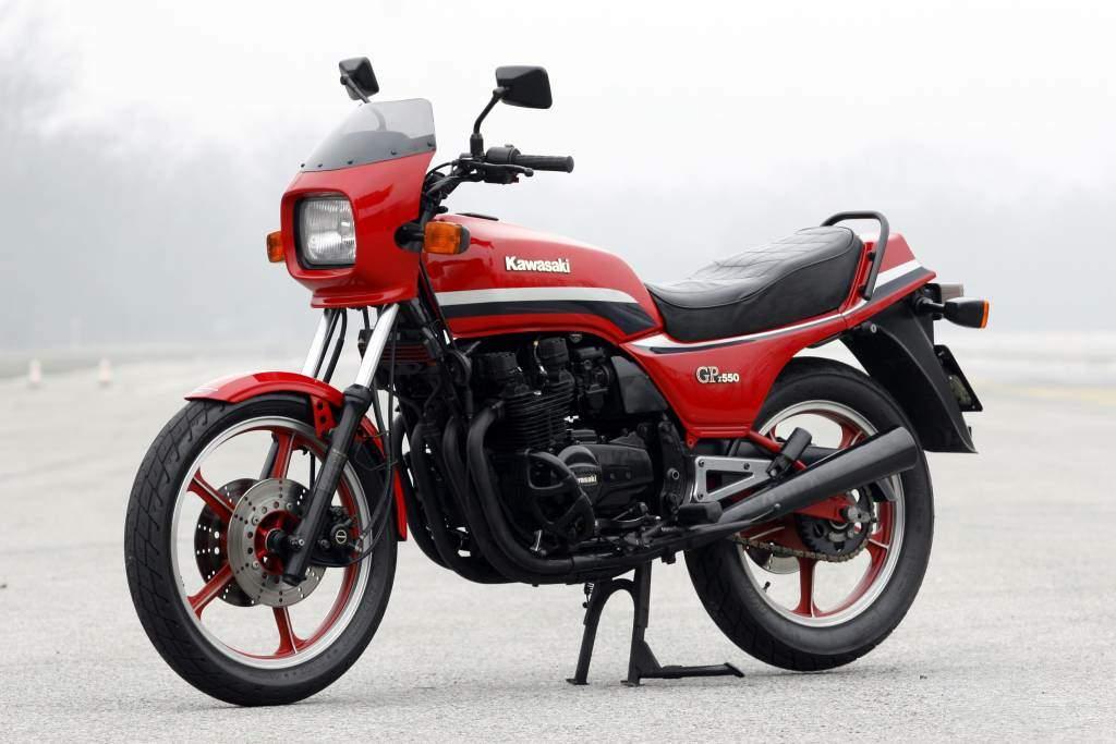 GPZ550 UNITRACK '82
