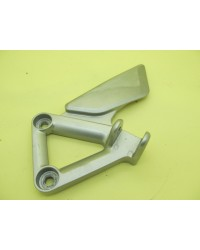 HONDA VFR800 VTEC 2004 FRONT LEFT FOOTBRACKET